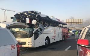 دبي: السجن 7 سنوات لسائق تسبب في وفاة وإصابة 30 راكبًا