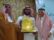 اللواء عبدالقادر كمال ينثر إبداعه الشعري في منتدى الثقفي