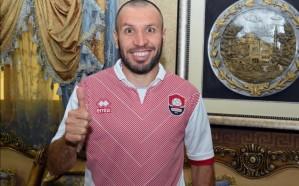 الحسين لاعبًا في الرائد