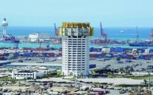 إيقاف حركة الملاحة البحرية بميناء جدة الإسلامي.. لهذا السبب