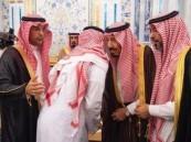 خادم الحرمين الشريفين يستقبل أسرة الفقيد اللواء عبد العزيز الفغم