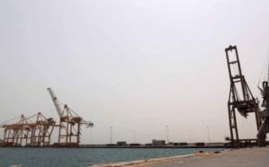 التحالف: ميليشيات الحوثي تعطل دخول السفن إلى ميناء الحديدة