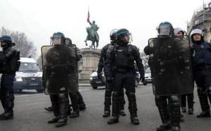 باريس : مقتل 4 من أفراد الشرطة في إعتداء بمقرها