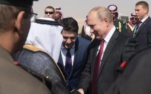 شاهد.. الرئيس الروسي يغادر الرياض بعد زيارة رسمية للمملكة