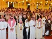أمير الرياض يؤدي صلاة الميت على والدة الأمير خالد بن سعد بن محمد