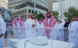 """ولي العهد يزور معرض """"إكسبو 2020"""" في دبي"""