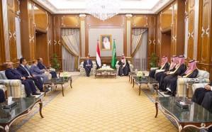 بالصور.. ولي العهد يجتمع مع الرئيس اليمني وولي عهد أبو ظبي ورئيس المجلس الانتقالي الجنوبي