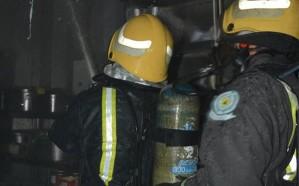 السيطرة على حريق مطعم داخل مركز تجاري بجازان