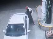 الإطاحة بـ4 مواطنين ارتكبوا جرائم سطو على محلات ومحطات وقود في جدة