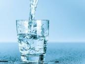 الصحة: شرب كميات كافية من الماء لتجنب الإصابة بالجفاف
