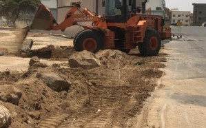 بلدية خميس مشيط تزيل  تعديات في سبعة مواقع من الأراضي الحكومية