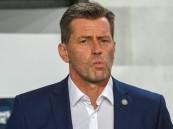 رسمياً .. العين يتعاقد مع المدرب الألماني مايكل سكيبه