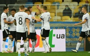 ألمانيا تواجه سويسرا غداً بدون جماهير