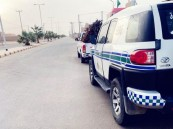 أمن الطرق يضبط عددًا من الشاحنات والمركبات المحملة بالحطب المحلي وقائديها