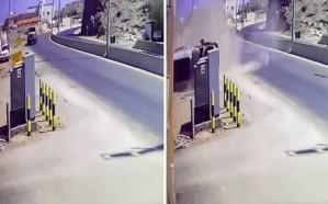 بالفيديو.. إنقلاب شاحنة قبل أمتار من كابينة كهرباء بنجران