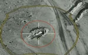 """شاهد.. لحظة استهداف طيران """"التحالف"""" عناصر ومركبات حوثية في اليمن"""