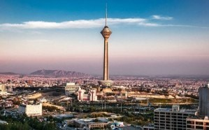زلزال عنيف يضرب شرق طهران