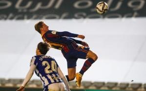 برشلونة يُزيح سوسييداد بصعوبة