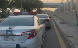 ضبط قائد مركبة تعمد مضايقة سائق آخر على إحدى الطرق في المملكة