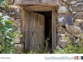 """""""خلف الباب قصة"""".. مسابقة إبداعية لكتابة قصة قصيرة من وحي هذه الصورة"""