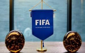"""تعليق """"فيفا"""" على منع النصر من تسجيل اللاعبين لـ 3 فترات"""