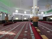 الشؤون الإسلامية تغلق 11 مسجداً بسبب كورونا وتعيد فتح 14