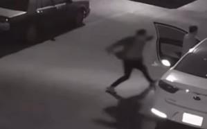 الإطاحة بشخص ظهر في فيديو متداول يعتدي على آخر بآلة حادة