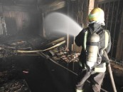 وفاة امرأة جراء حريق محل تجاري بالرياض