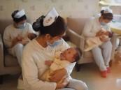 الصين تلغي الحد الأقصى للإنجاب المحدد بطفلين لكل زوجين بسبب تراجع معدل المواليد