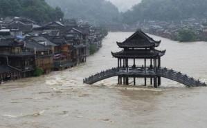 71 قتيلا جراء الفيضانات في الصين