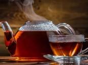 «دراسة حديثة» تكشف: الشاي الساخن في الصيف يبرد الجسم