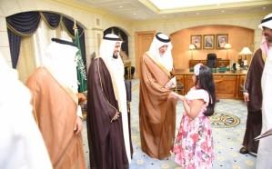 أمير مكة يستقبل 48 متميزًا ومتميزة بتعليم مكة