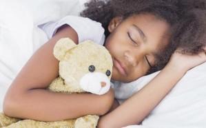 دراسة .. الضوء الساطع يمنح الناجين من السرطان نوماً أفضل