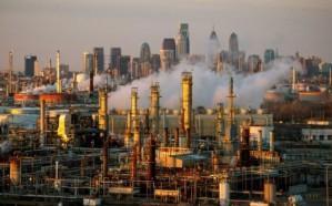 العراق يحذر من انهيار اتفاق خفض إنتاج النفط