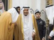 خادم الحرمين يهنئ المسلمين بحلول عيد الفطر