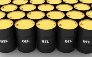 النفط يرتفع بعد أنباء عن انخفاض مخزونات أمريكا وإضراب في النرويج