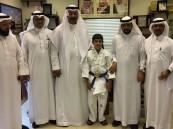 مكتب تعليم شمال مكة يكرم أحد طلابه بعد حصوله على الميدالية الذهبية للجودو في البطولة الخليجية