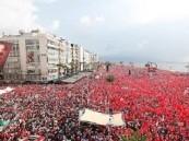 أردوغان على شفا الهاوية.. ومسيرة  تؤيد المنافس الرئيسي له بالانتخابات