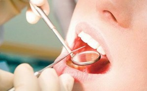 صدمة عارمة.. جراح أسنان يعرض 563 مريضًا لخطر الإيدز