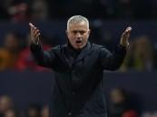 مانشستر يونايتد يُعلن رحيل جوزيه مورينيو
