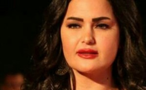 راقصة مصرية تعتزم تقديم برنامج دیني في رمضان