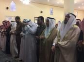 محافظ ميسان يؤدي صلاة العيد ويستقبل المهنئين