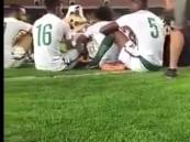 فيديو.. التفاف لاعبي الأخضر حول أحد الفنانين بالجوهرة.. وإدارة المنتخب تعلق