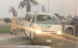 إصابة 11 عامل إثر حادث مروع بجدة