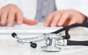 طبيب يعتدي على مواطنة متطوعة في خدمة ضيوف الرحمن بمكة
