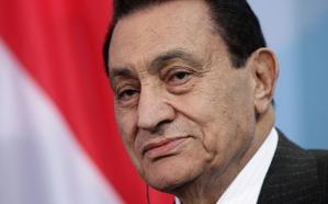 حفيد مبارك يحتفل بعيد ميلاد  جده ال 90.. شاهد كيف أصبح!