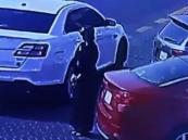 شاهد.. لحظة سرقة فتاة مركبة في وضع التشغيل بالدمام.. والشرطة توضح