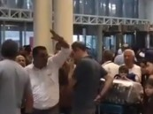 فيديو..  لبناني مستاء من فوضى مطار بيروت يستشهد  بقضاء ولي العهد على الفساد