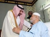 أمير منطقة نجران يطمئن على صحة الشيخ أبو ساق