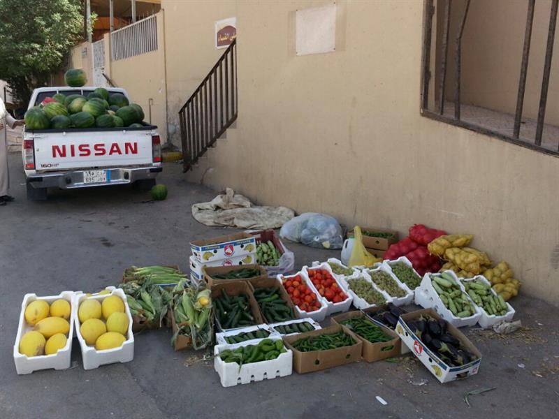 مقترح حكومي بتحويل الأغذية المضبوطة إلى صدقات للمحتاجين